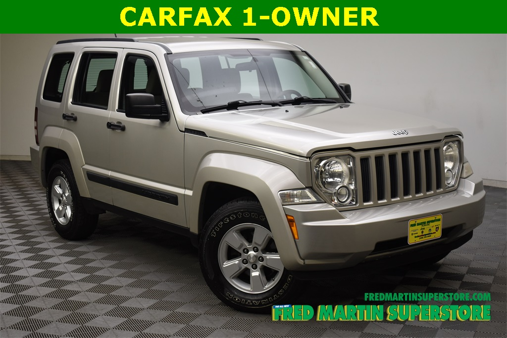 Pre-Owned 2009 Jeep Liberty Sport
